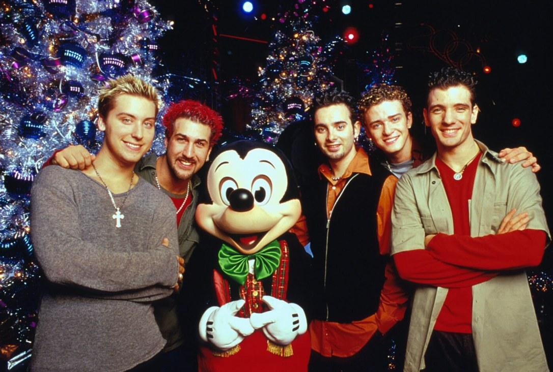 """WALT DISNEY WORLD 'TWAS THE NIGHT BEFORE CHRISTMAS"" TV"